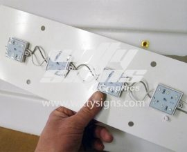 Mag-Grip-LED-light-panel_reduced-2